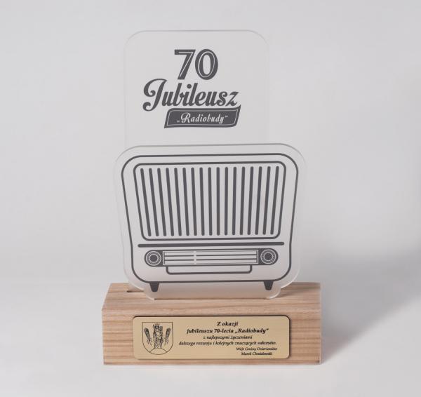 """Statuetka jubileuszowa 70-lecie """"Radiobudy"""""""